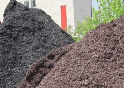 Brown Mulch Black Mulch Red Mulch